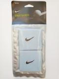 Tenisové potítko Nike Wristband malé světle modré